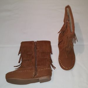 Girl suede  brown boots